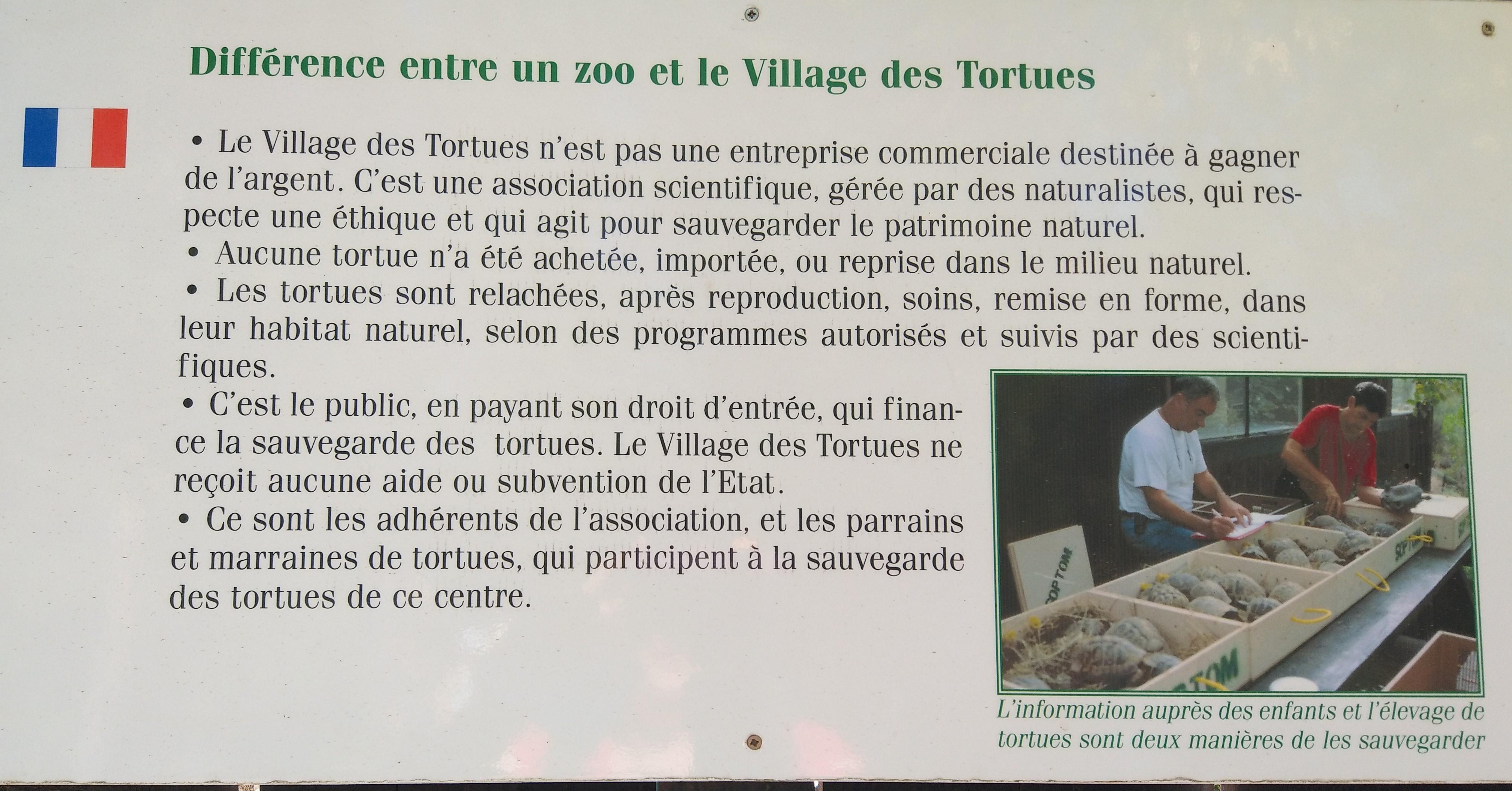 Différence entre zoo et village des tortues